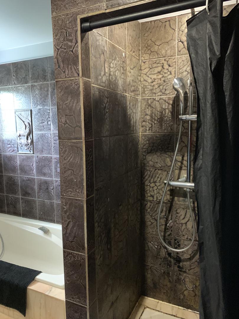 renovation-salle-de-bains-saint-jean-de-la-ruelle-10