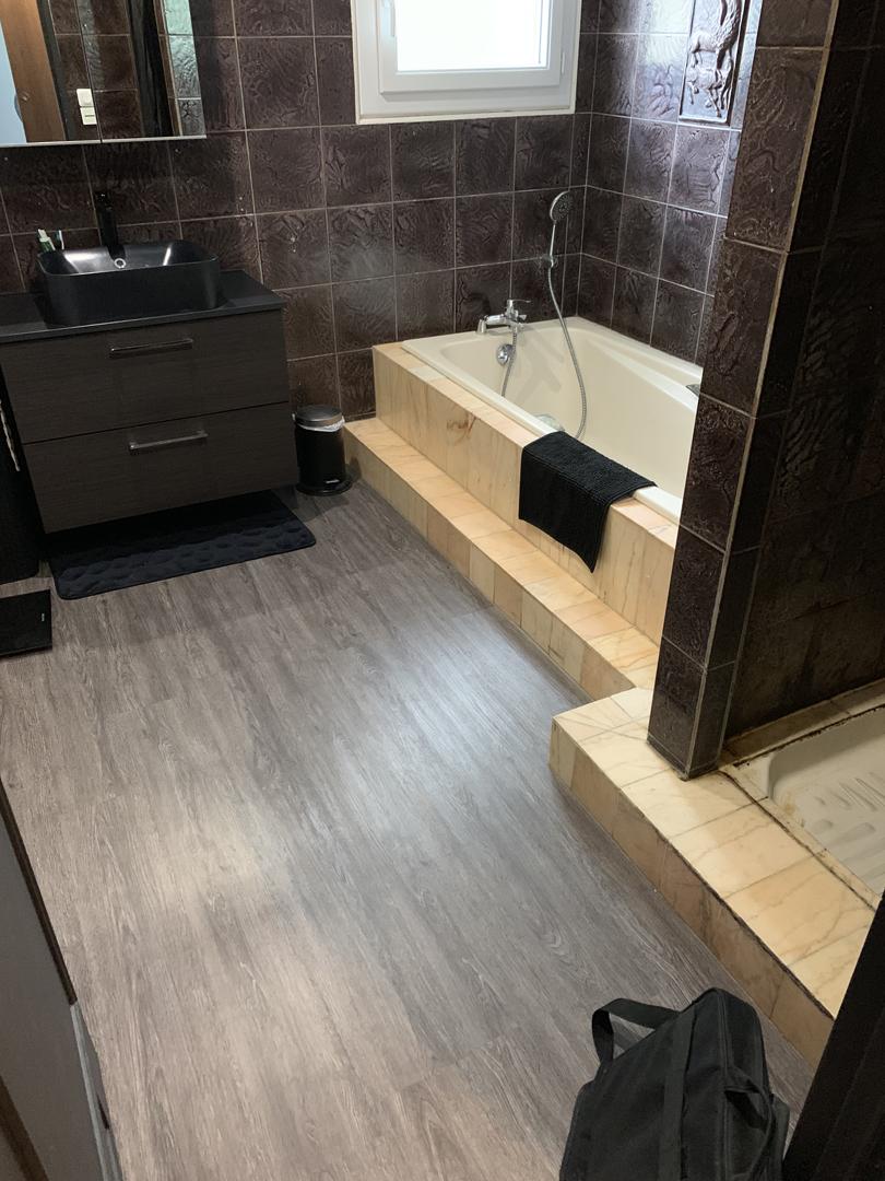 renovation-salle-de-bains-saint-jean-de-la-ruelle-7